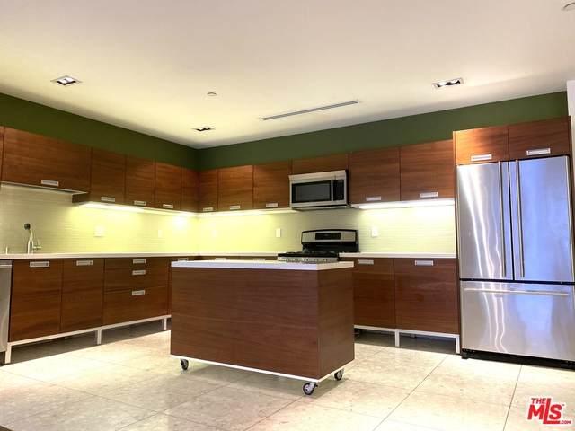 6735 Yucca St #206, Los Angeles, CA 90028 (#21-695742) :: Berkshire Hathaway HomeServices California Properties