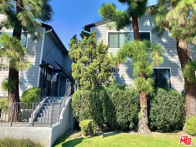 12411 Riverside Dr #2, Valley Village, CA 91607 (#21-696038) :: Berkshire Hathaway HomeServices California Properties