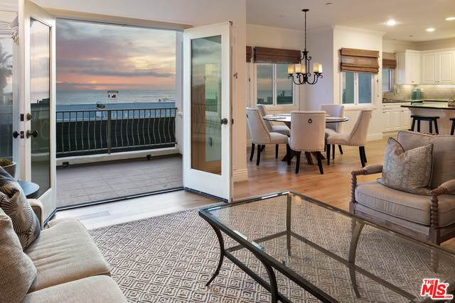 121 15Th St, Manhattan Beach, CA 90266 (#21-696048) :: TruLine Realty