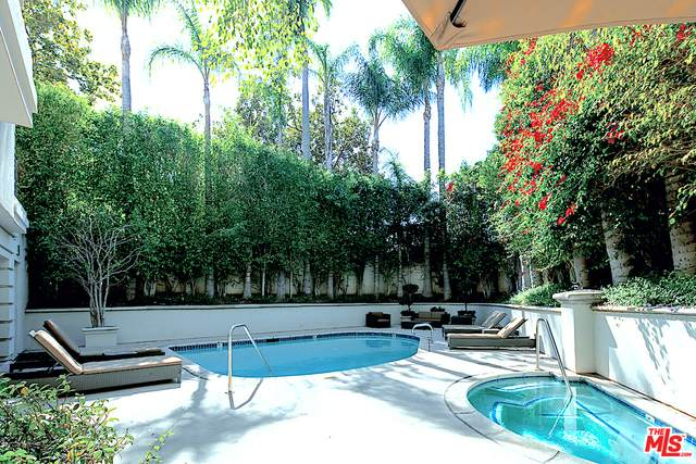 425 N Maple Dr #401, Beverly Hills, CA 90210 (#21-696200) :: The Grillo Group