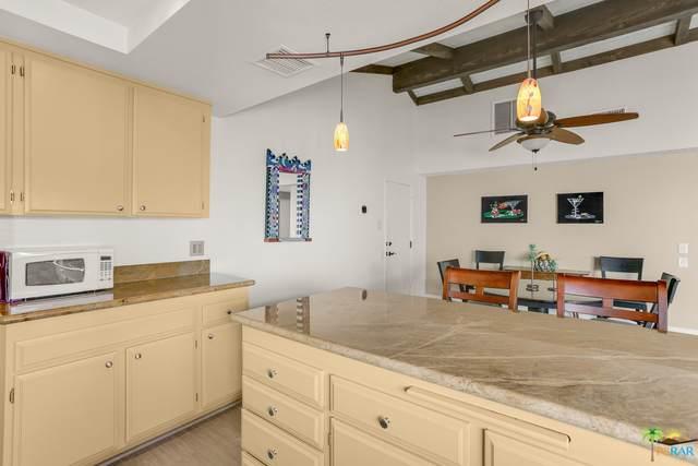 2247 Miramonte Cir F, Palm Springs, CA 92264 (#21-696368) :: The Pratt Group