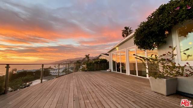 12 Samoa Way, Pacific Palisades, CA 90272 (#21-696450) :: Lydia Gable Realty Group