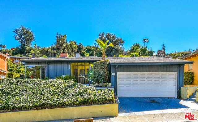 4220 Hillcrest Dr, Los Angeles, CA 90008 (#21-696480) :: Berkshire Hathaway HomeServices California Properties