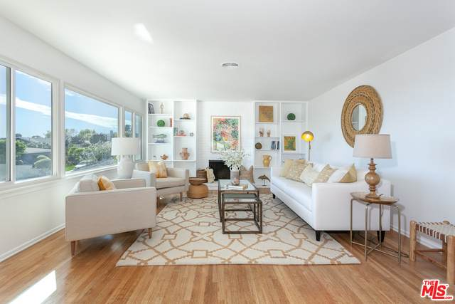 16641 Linda Terrace Ter, Pacific Palisades, CA 90272 (MLS #21-696582) :: The Jelmberg Team
