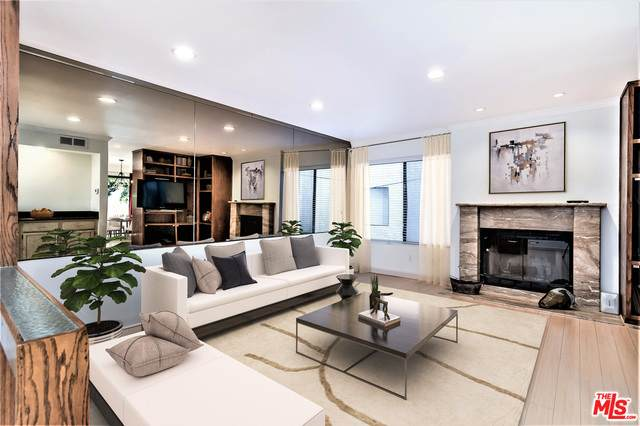 3701 Glendon Ave #6, Los Angeles, CA 90034 (#21-696656) :: The Grillo Group