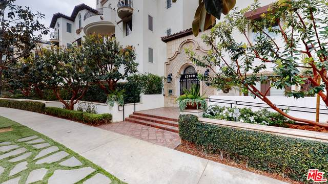 12020 Guerin St #106, Studio City, CA 91604 (#21-696878) :: The Grillo Group