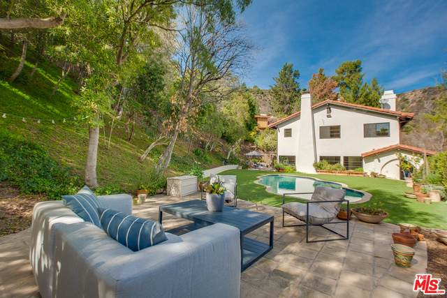 1663 Stone Canyon Rd, Los Angeles, CA 90077 (#21-696970) :: Berkshire Hathaway HomeServices California Properties