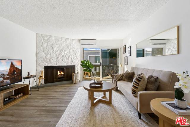 8635 Falmouth Ave #310, Playa Del Rey, CA 90293 (#21-697280) :: The Grillo Group