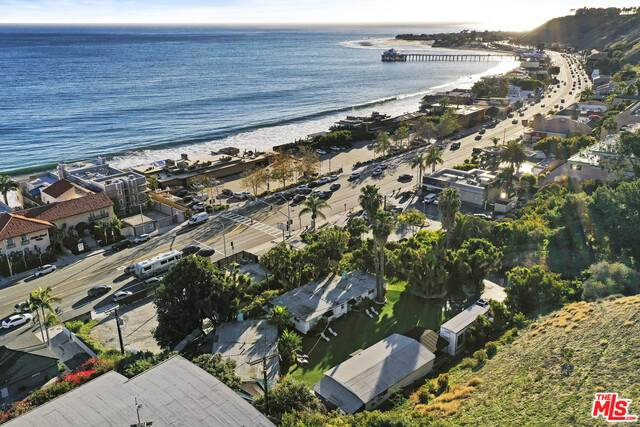 22669 Pacific Coast Hwy, Malibu, CA 90265 (MLS #21-697300) :: Hacienda Agency Inc