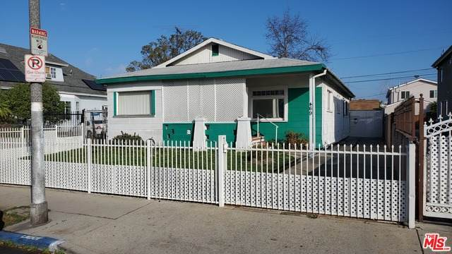 469 E 47Th St, Los Angeles, CA 90011 (#21-697336) :: Berkshire Hathaway HomeServices California Properties