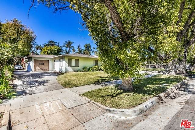 1129 Wesley Ave, Pasadena, CA 91104 (#21-697454) :: The Grillo Group