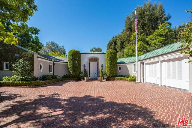 805 N Hillcrest Rd, Beverly Hills, CA 90210 (#21-697550) :: Lydia Gable Realty Group