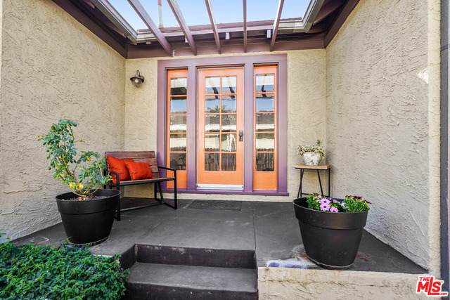 2850 N Coolidge Ave, Los Angeles, CA 90039 (#21-697616) :: Lydia Gable Realty Group