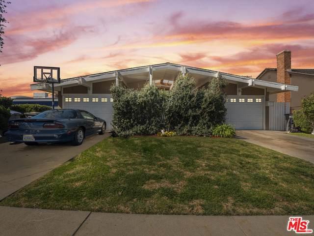 21817 Legend Ave, Carson, CA 90745 (#21-697770) :: Berkshire Hathaway HomeServices California Properties