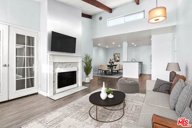 4900 Overland Ave #332, Culver City, CA 90230 (#21-697774) :: The Grillo Group