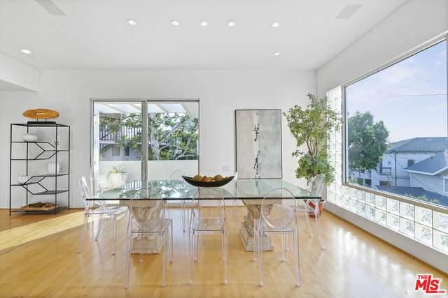 7911 Berger Ave, Playa Del Rey, CA 90293 (#21-698200) :: The Grillo Group