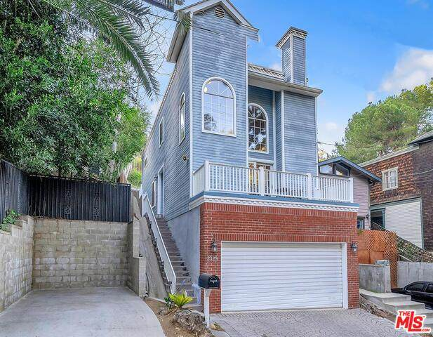 2329 Stanley Hills Dr, Los Angeles, CA 90046 (#21-698436) :: The Grillo Group