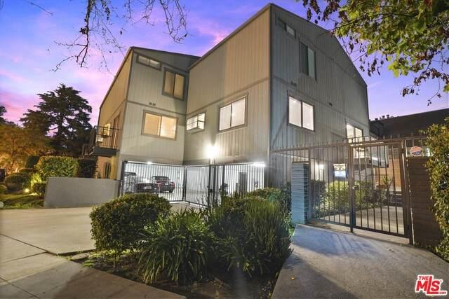 5121 Westpark Dr #10, Valley Village, CA 91601 (#21-698838) :: Berkshire Hathaway HomeServices California Properties