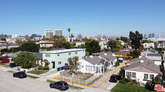 2034 Colby Ave, Los Angeles, CA 90025 (#21-698918) :: Berkshire Hathaway HomeServices California Properties
