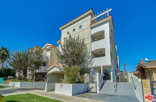 4733 Elmwood Ave #303, Los Angeles, CA 90004 (#21-698926) :: Berkshire Hathaway HomeServices California Properties