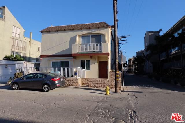 12 Lighthouse St, Marina Del Rey, CA 90292 (MLS #21-699050) :: The Jelmberg Team