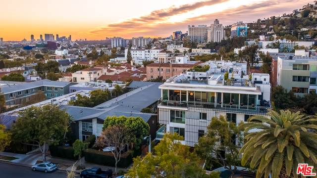 1345 Havenhurst Dr #10, West Hollywood, CA 90046 (MLS #21-699380) :: Mark Wise | Bennion Deville Homes