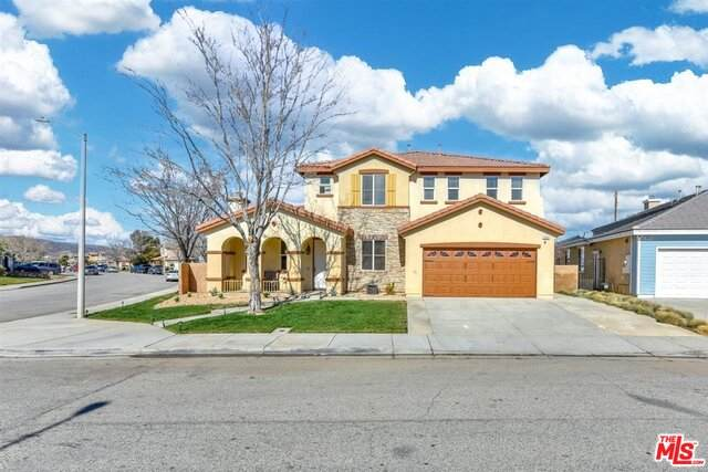 3633 Tournament Dr, Palmdale, CA 93551 (MLS #21-699440) :: Hacienda Agency Inc