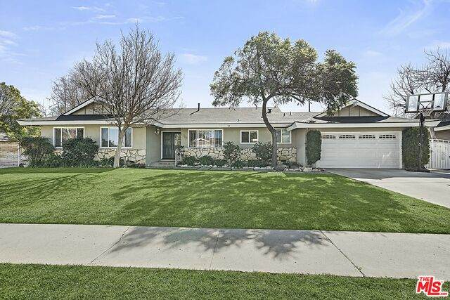 22700 Malden St, West Hills, CA 91304 (#21-699536) :: The Grillo Group