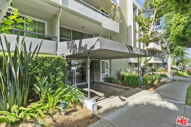8535 W West Knoll Dr #303, West Hollywood, CA 90069 (MLS #21-699788) :: Mark Wise | Bennion Deville Homes