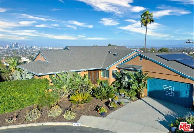 4200 Don Tapia Pl, Los Angeles, CA 90008 (#21-700148) :: The Suarez Team