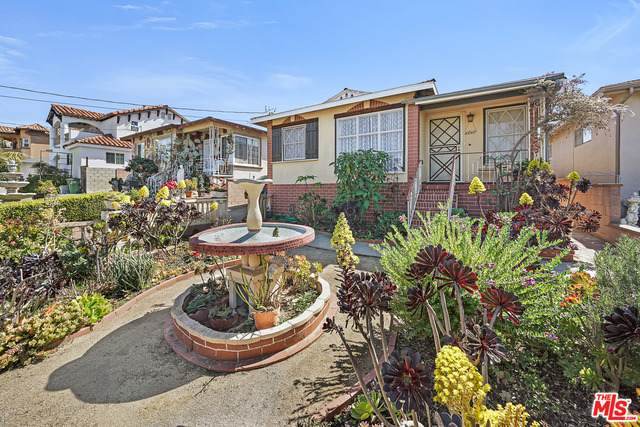 4648 W 131St St, Hawthorne, CA 90250 (#21-700352) :: The Grillo Group