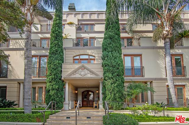 137 S Spalding Dr #104, Beverly Hills, CA 90212 (#21-700502) :: The Grillo Group
