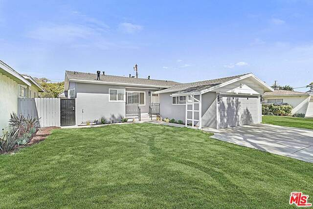 1127 Marine Ave, Gardena, CA 90247 (#21-700636) :: The Grillo Group