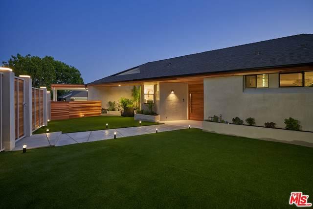 2269 Westridge Rd, Los Angeles, CA 90049 (MLS #21-700916) :: The Jelmberg Team