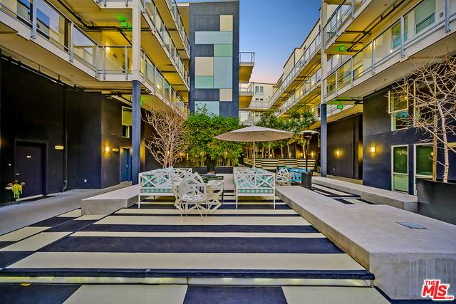 4215 Glencoe Ave #129, Marina Del Rey, CA 90292 (MLS #21-701054) :: The Jelmberg Team