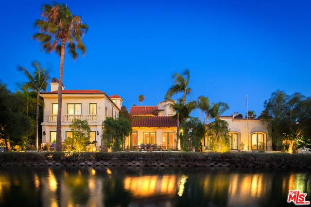 420 Carroll Canal, Venice, CA 90291 (#21-701190) :: The Suarez Team
