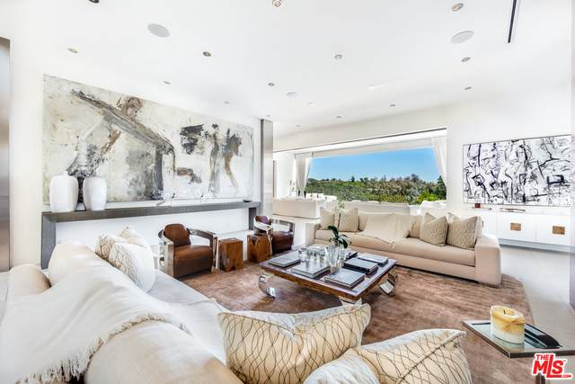 1518 Bel Air Rd, Los Angeles, CA 90077 (#21-701854) :: The Grillo Group