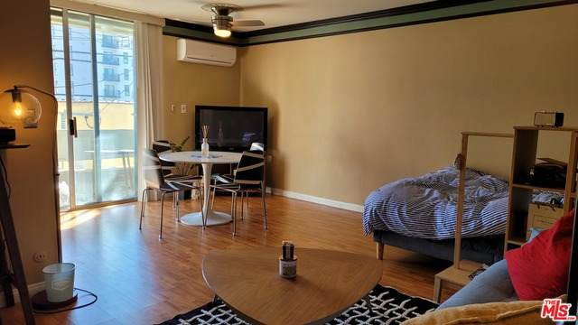 360 S Kenmore Ave #209, Los Angeles, CA 90020 (#21-702052) :: The Grillo Group