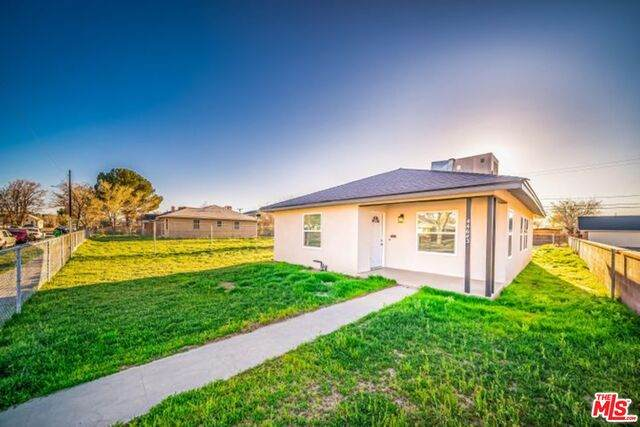 44643 Date Ave, Lancaster, CA 93534 (#21-702098) :: TruLine Realty