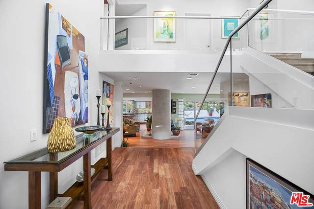 9477 Rembert Ln, Beverly Hills, CA 90210 (#21-702246) :: Lydia Gable Realty Group