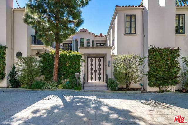 10253 Century Woods Dr, Los Angeles, CA 90067 (MLS #21-702510) :: Zwemmer Realty Group