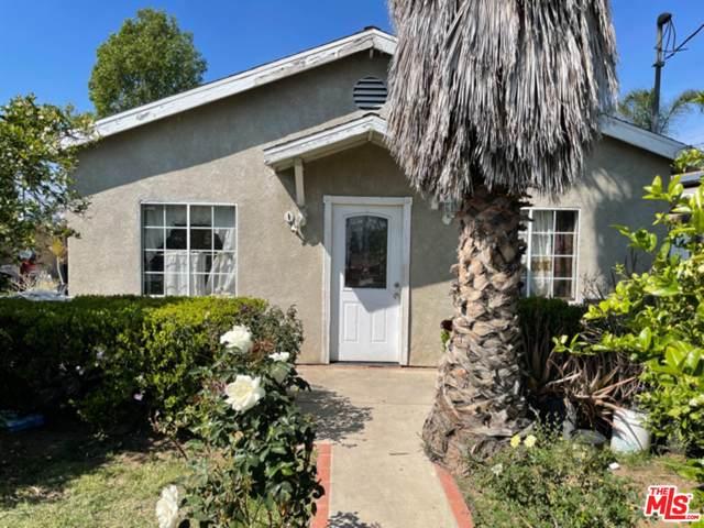 14337 Fox St, San Fernando, CA 91340 (MLS #21-702994) :: Zwemmer Realty Group