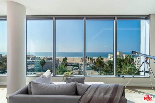 1755 Ocean Ph9c, Santa Monica, CA 90401 (MLS #21-704448) :: Zwemmer Realty Group