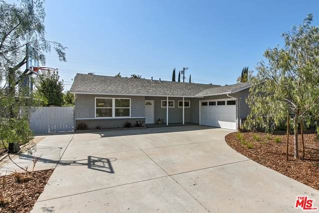6547 Farralone Ave, Woodland Hills, CA 91303 (MLS #21-705512) :: Mark Wise | Bennion Deville Homes
