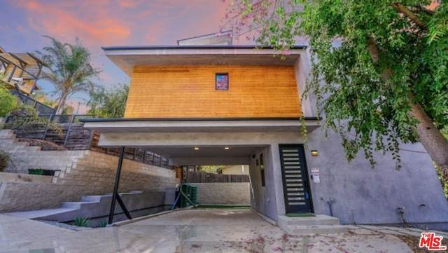 533 N Lewis St, Los Angeles, CA 90042 (#21-707870) :: Lydia Gable Realty Group