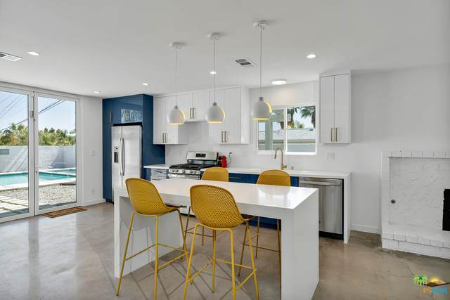 545 W Yorba Rd, Palm Springs, CA 92262 (MLS #21-708334) :: The John Jay Group - Bennion Deville Homes