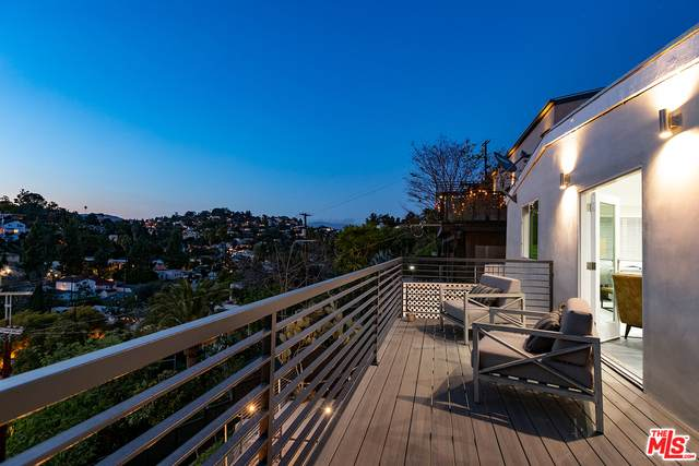 1329 Angelus Ave, Los Angeles, CA 90026 (#21-709842) :: The Grillo Group
