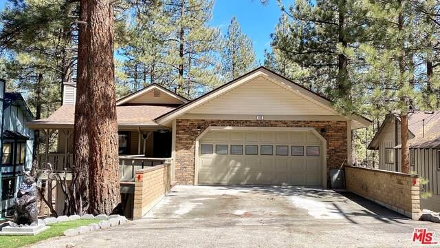454 Woodside Dr, BIG BEAR CITY, CA 92314 (#21-711958) :: Montemayor & Associates