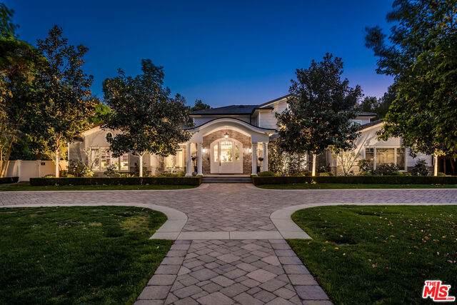 23924 Long Valley Rd, Hidden Hills, CA 91302 (#21-712174) :: Berkshire Hathaway HomeServices California Properties