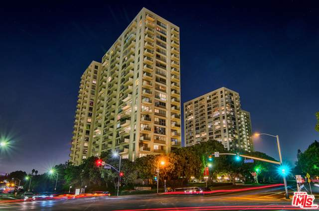 2160 Century Park East #304, Los Angeles, CA 90067 (MLS #21-712282) :: Zwemmer Realty Group